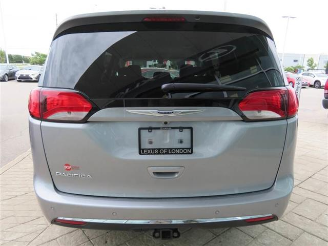 2019 Chrysler Pacifica Touring-L Plus (Stk: QL050) in London - Image 6 of 18