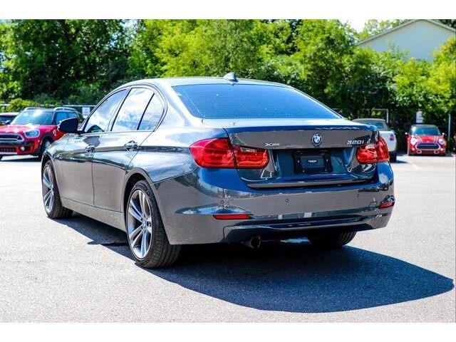 2015 BMW 320i xDrive (Stk: P1803) in Ottawa - Image 9 of 26