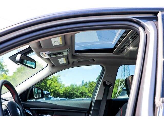 2015 BMW 320i xDrive (Stk: P1803) in Ottawa - Image 12 of 26
