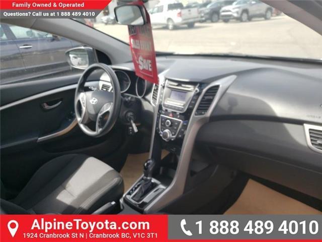 2016 Hyundai Elantra GT GLS (Stk: U267530) in Cranbrook - Image 11 of 21