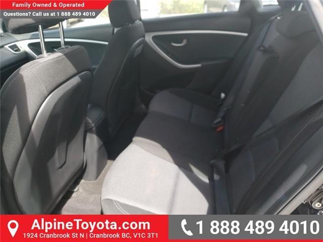 2016 Hyundai Elantra GT GLS (Stk: U267530) in Cranbrook - Image 13 of 21