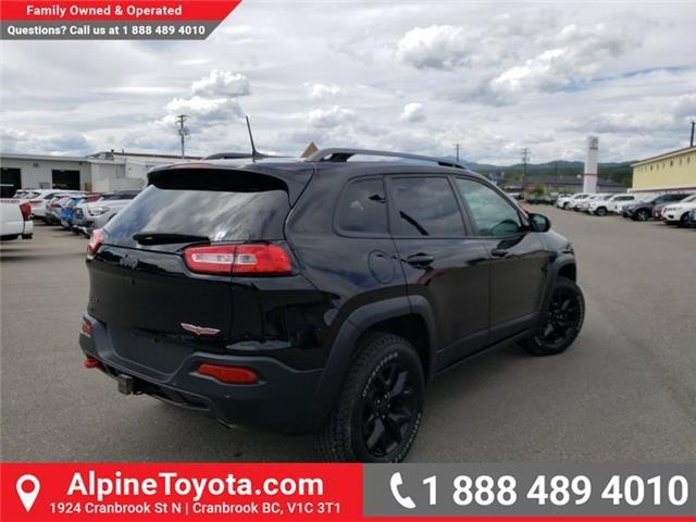 2018 Jeep Cherokee Trailhawk (Stk: 5300056N) in Cranbrook - Image 5 of 27