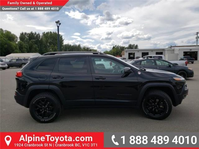 2018 Jeep Cherokee Trailhawk (Stk: 5300056N) in Cranbrook - Image 6 of 27