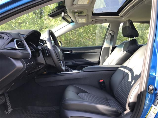 2018 Toyota Camry Hybrid SE (Stk: 2909) in Cochrane - Image 11 of 16