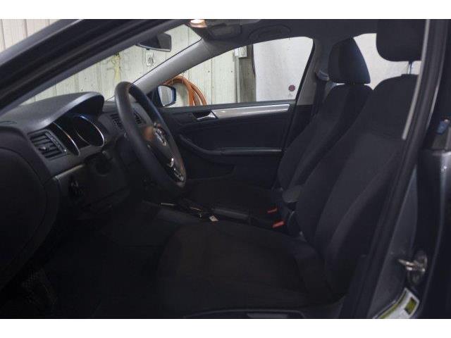 2017 Volkswagen Jetta 1.4 TSI Trendline+ (Stk: V861) in Prince Albert - Image 9 of 11