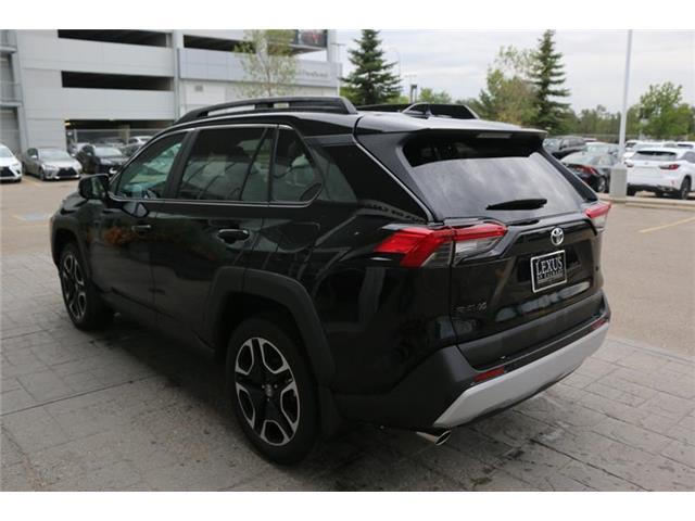 2019 Toyota RAV4 Trail (Stk: 3960A) in Calgary - Image 7 of 16