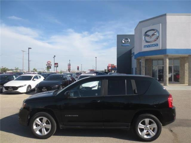 2013 Jeep Compass North 4WD (Stk: M19155A) in Steinbach - Image 5 of 21