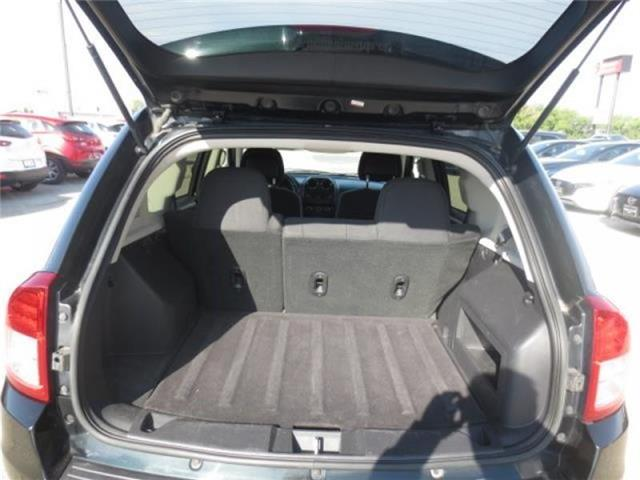 2013 Jeep Compass North 4WD (Stk: M19155A) in Steinbach - Image 7 of 21