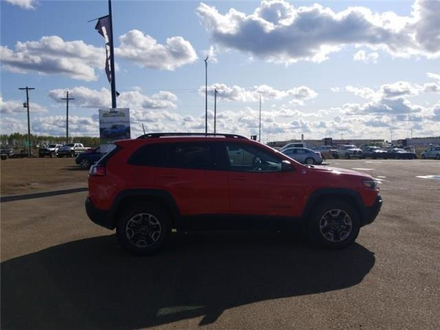 2019 Jeep Cherokee Trailhawk (Stk: ST175A) in  - Image 5 of 20