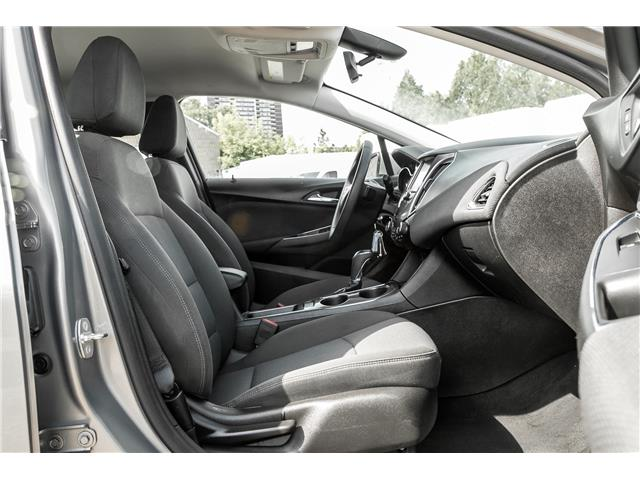 2018 Chevrolet Cruze LT Auto (Stk: ) in Mississauga - Image 14 of 18