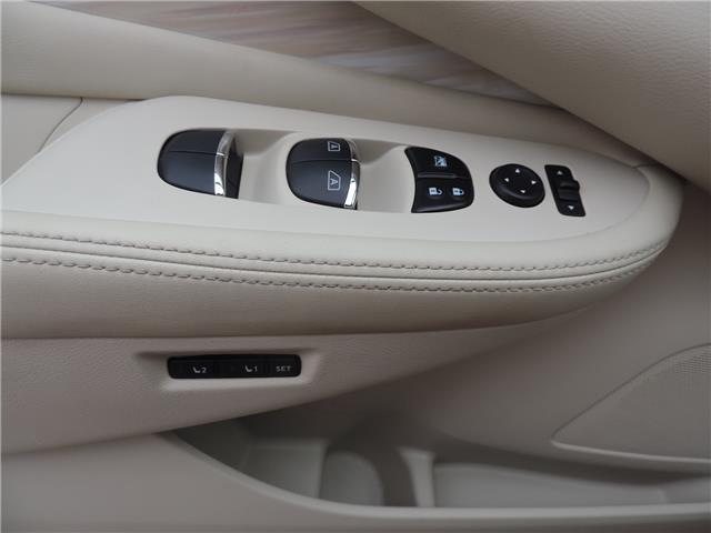 2017 Nissan Murano Platinum (Stk: 194361) in Brandon - Image 13 of 23
