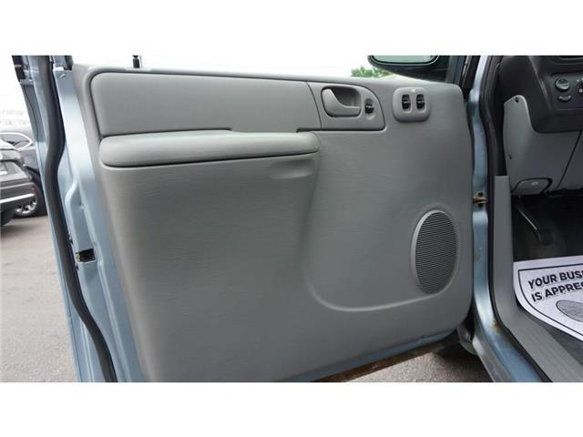 2005 Dodge Grand Caravan  (Stk: HN1923A) in Hamilton - Image 12 of 31