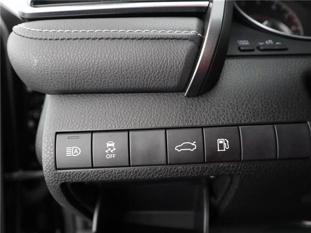 2018 Toyota Camry SE (Stk: U11229) in London - Image 26 of 29