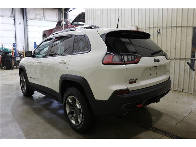 2019 Jeep Cherokee Trailhawk (Stk: KT110) in Rocky Mountain House - Image 7 of 30