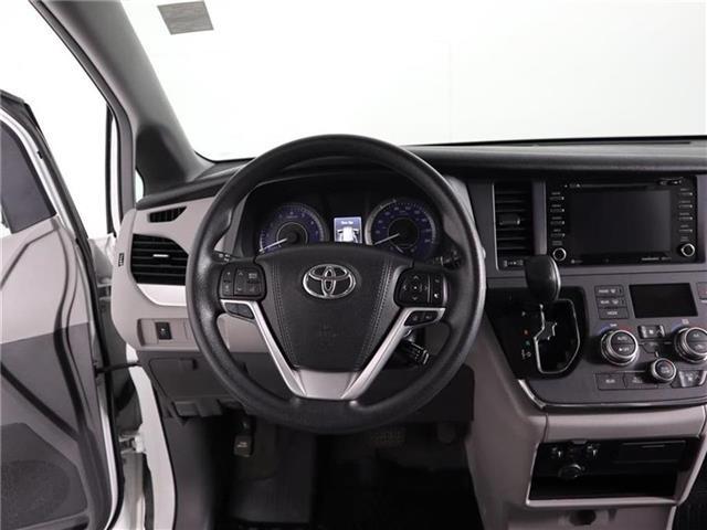 2018 Toyota Sienna LE 8-Passenger (Stk: U11222R) in London - Image 21 of 30