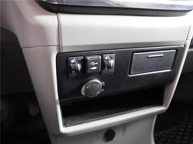 2018 Toyota Sienna LE 8-Passenger (Stk: U11222R) in London - Image 25 of 30
