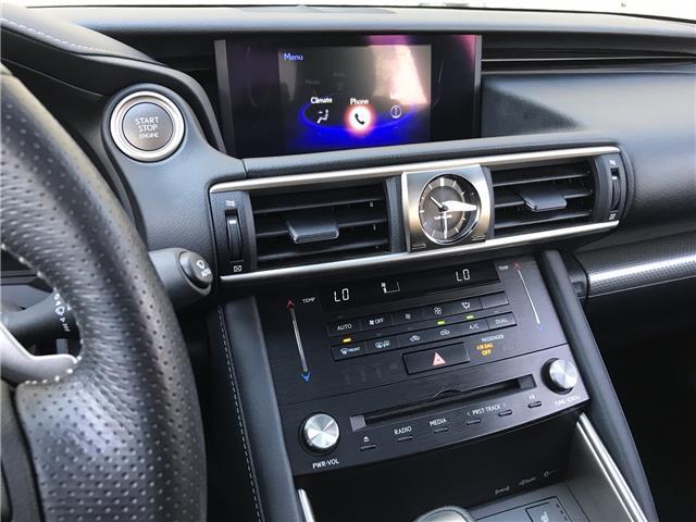 2017 Lexus IS 300  (Stk: 28735A) in Markham - Image 17 of 25