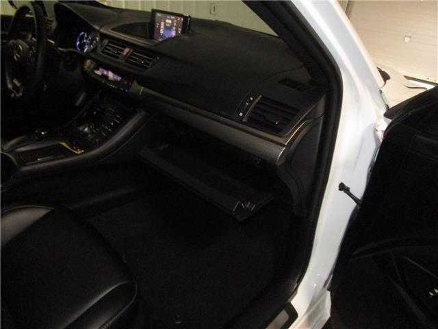 2016 Lexus CT 200h Base (Stk: 1937442) in Regina - Image 33 of 39