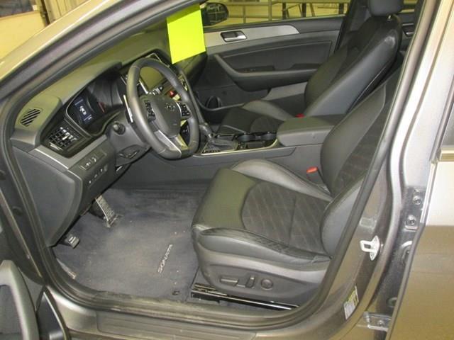 2019 Hyundai Sonata ESSENTIAL (Stk: M2687) in Gloucester - Image 11 of 19