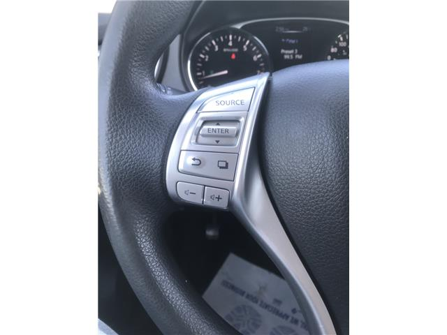 2014 Nissan Rogue SV (Stk: 19947) in Chatham - Image 14 of 23
