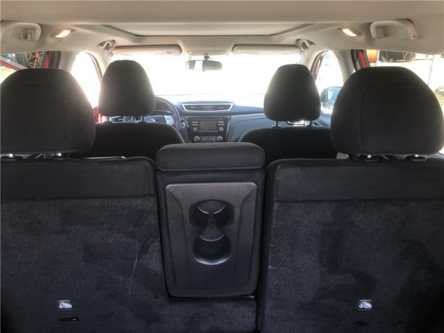 2014 Nissan Rogue SV (Stk: 19947) in Chatham - Image 20 of 23