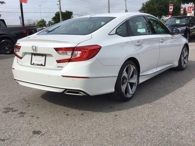 2019 Honda Accord Touring 1.5T (Stk: 19243) in Barrie - Image 6 of 21