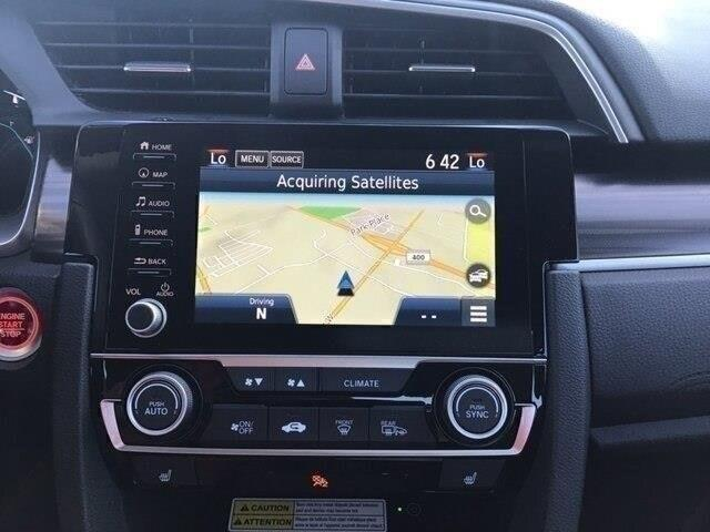 2019 Honda Civic Touring (Stk: 191186) in Barrie - Image 2 of 22