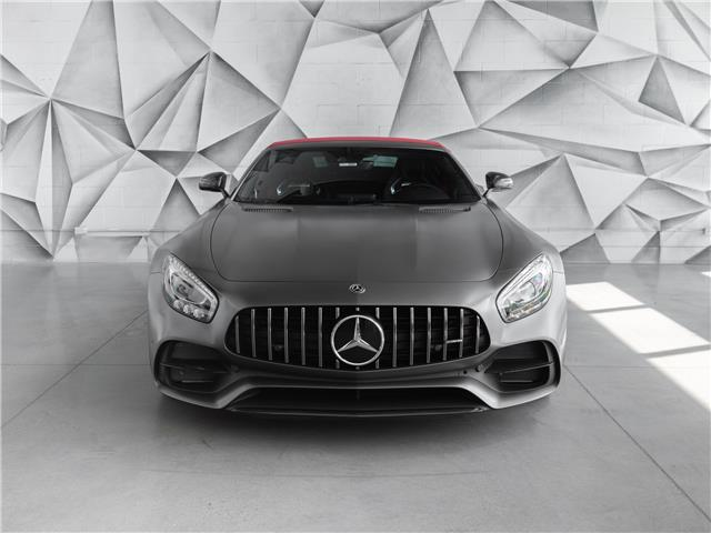 2018 Mercedes-Benz AMG GT C Base (Stk: WDDYK8AA8JA015771) in Woodbridge - Image 17 of 50