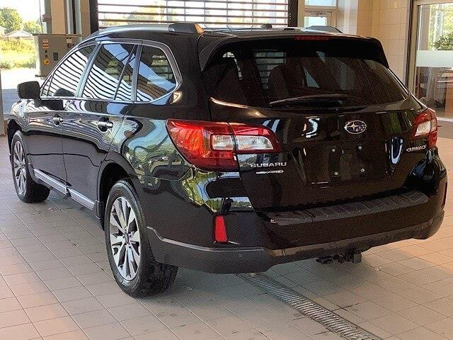 2017 Subaru Outback 2.5i Touring (Stk: P19095) in Kingston - Image 2 of 11
