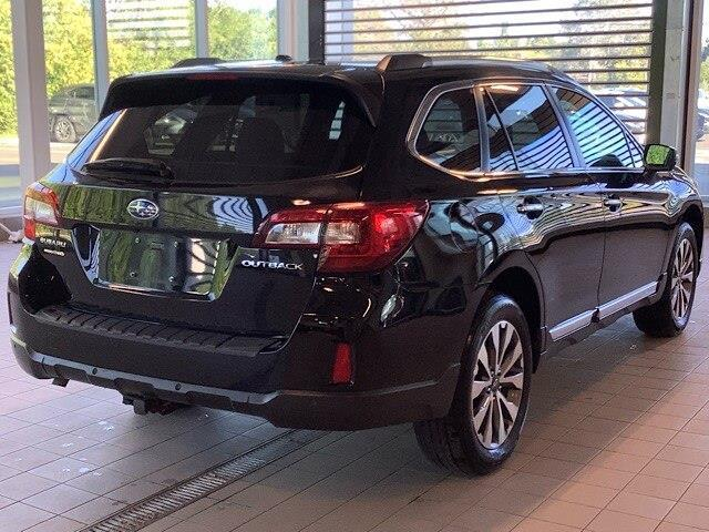 2017 Subaru Outback 2.5i Touring (Stk: P19095) in Kingston - Image 3 of 11