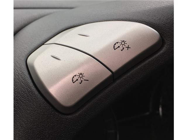 2014 Nissan Pathfinder  (Stk: 19916) in Chatham - Image 9 of 37
