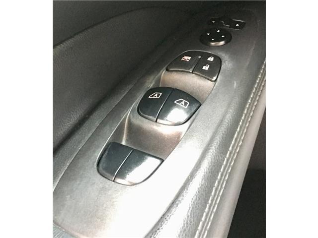 2014 Nissan Pathfinder  (Stk: 19916) in Chatham - Image 12 of 37