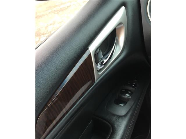 2014 Nissan Pathfinder  (Stk: 19916) in Chatham - Image 13 of 37