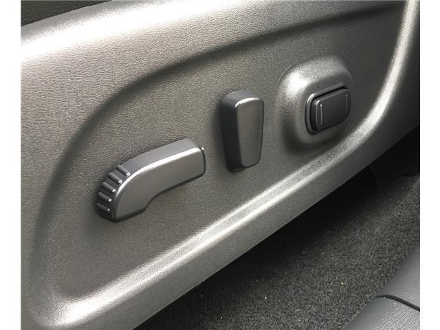 2014 Nissan Pathfinder  (Stk: 19916) in Chatham - Image 24 of 37