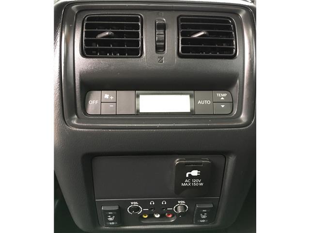 2014 Nissan Pathfinder  (Stk: 19916) in Chatham - Image 25 of 37