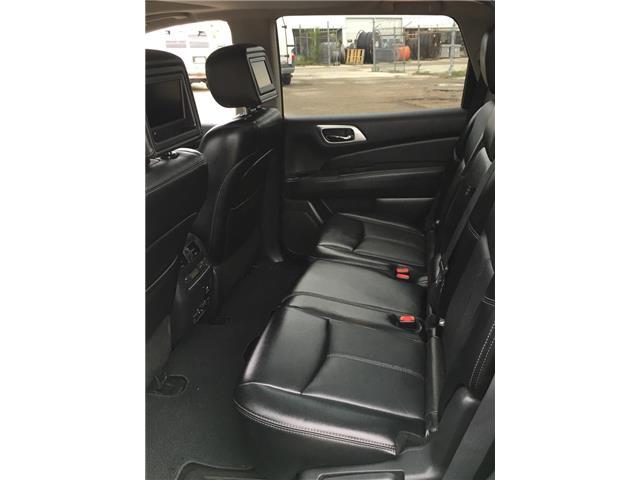 2014 Nissan Pathfinder  (Stk: 19916) in Chatham - Image 26 of 37