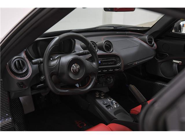 2018 Alfa Romeo 4C Spider Base (Stk: UC1495) in Calgary - Image 27 of 28