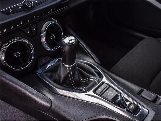 2018 Chevrolet Camaro 1LS/REDLINE/6-SPD MAN/20s/CARPLAY/DUAL MODE EXHST (Stk: 155897B) in Milton - Image 15 of 24