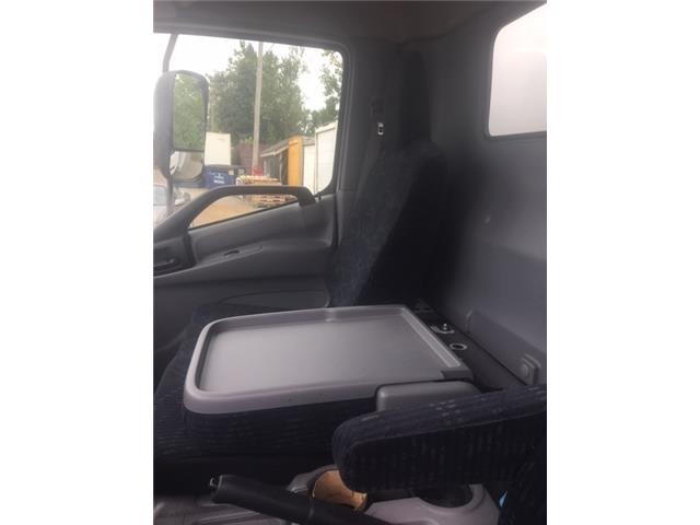 2016 Hino 195 173 Straight Truck (Stk: 307926) in Burlington - Image 9 of 14