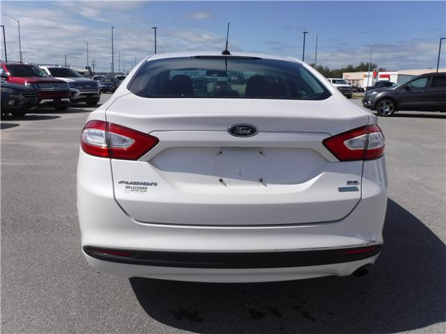 2013 Ford Fusion SE (Stk: U-4049) in Kapuskasing - Image 4 of 9
