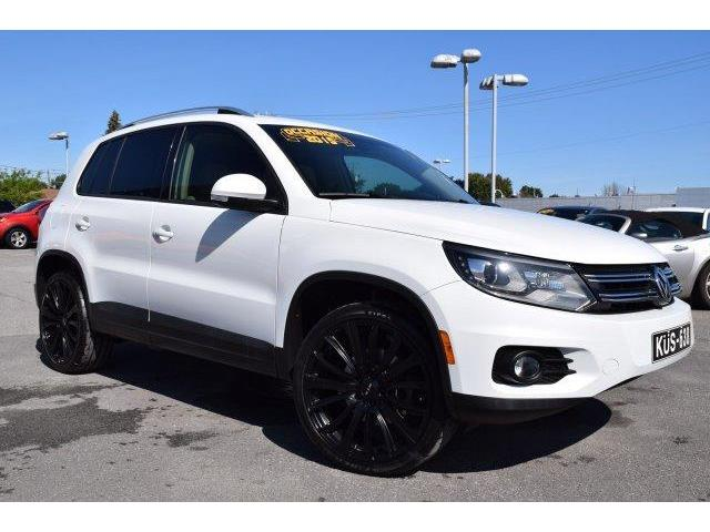 2015 Volkswagen Tiguan  (Stk: A-2391) in Châteauguay - Image 1 of 28
