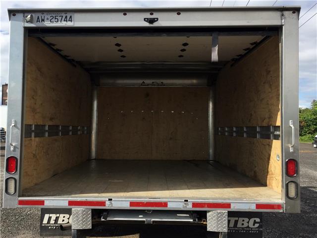 2018 GMC Savana Cutaway Work Van (Stk: 89730) in Ottawa - Image 12 of 14