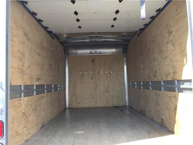 2018 GMC Savana Cutaway Work Van (Stk: 89730) in Ottawa - Image 13 of 14
