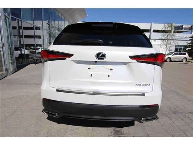 2020 Lexus NX 300 Base (Stk: 200013) in Calgary - Image 4 of 16