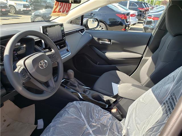 2020 Toyota Corolla LE (Stk: 20-209) in Etobicoke - Image 5 of 6