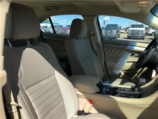 2018 Ford Taurus SE (Stk: 8254) in Wilkie - Image 15 of 21