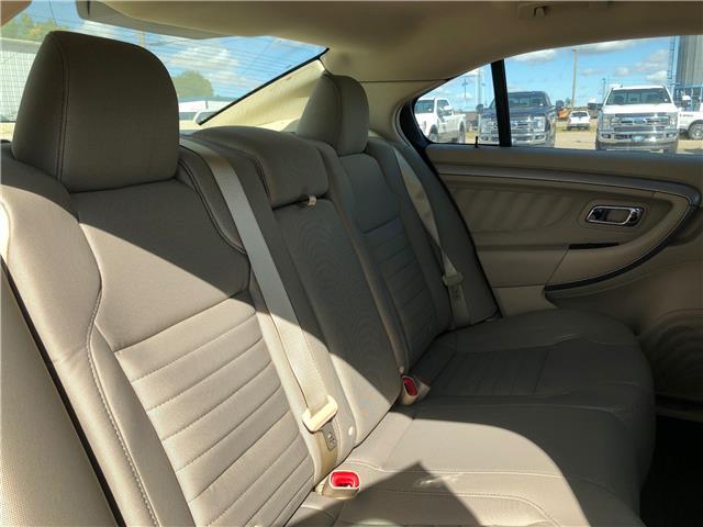 2018 Ford Taurus SE (Stk: 8254) in Wilkie - Image 16 of 21