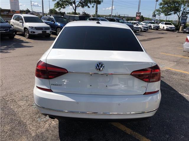 2018 Volkswagen Passat 2.0 TSI Comfortline (Stk: 1VWBA7) in Oakville - Image 5 of 20