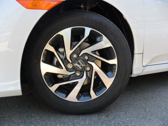 2019 Honda Civic EX (Stk: 10677) in Brockville - Image 13 of 20
