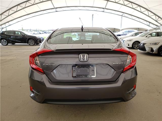 2017 Honda Civic Touring (Stk: L19363A) in Calgary - Image 6 of 23